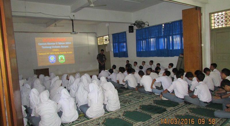 sosialisasi qanun jinayat di SMAN 4 Banda Aceh